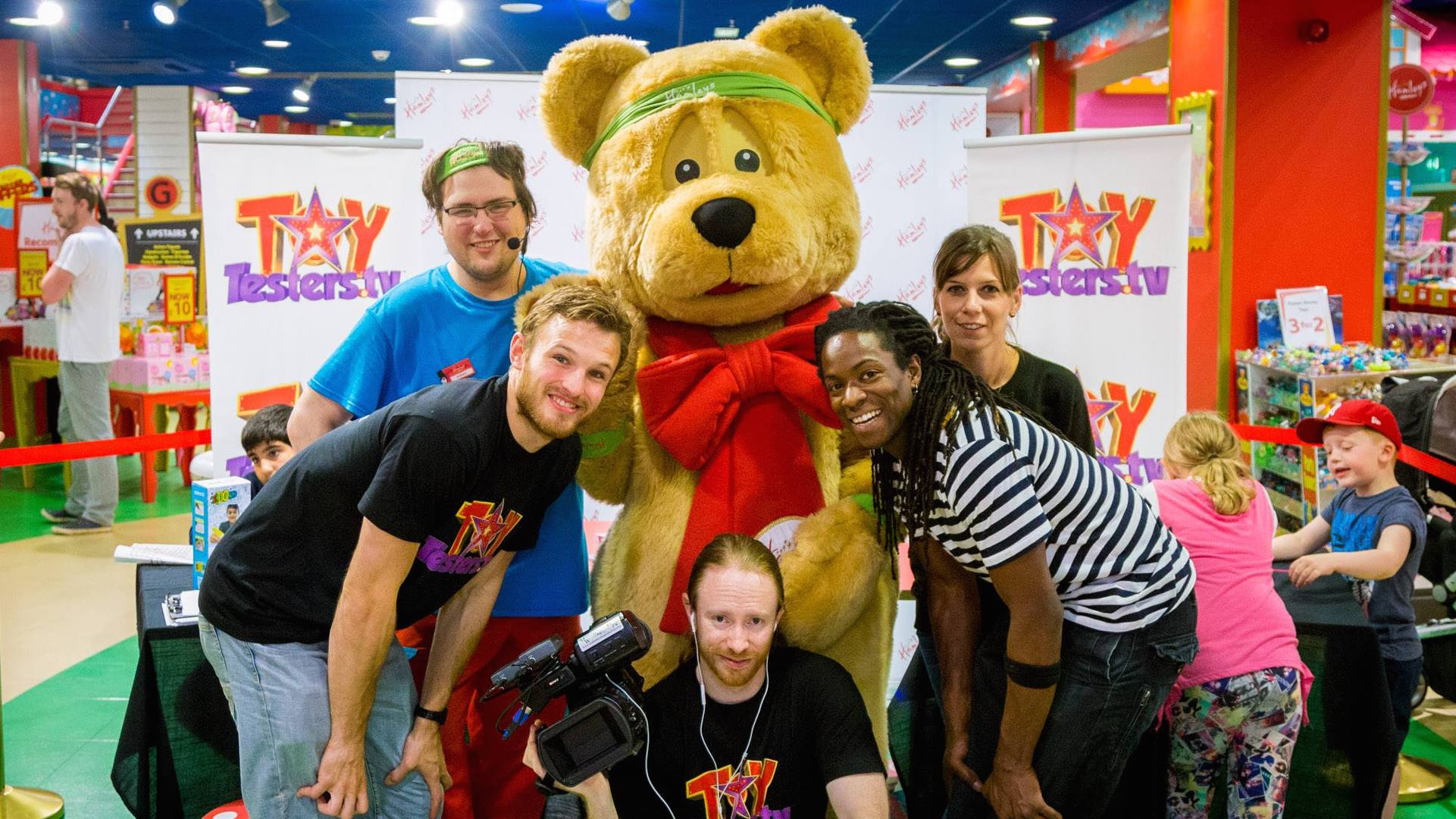 The Toytesters.tv tour team in Manchester 2015